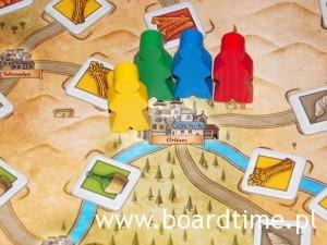 Wędrówkę naszymi kupcami (zdobycie towarów, budowa faktorii) rozpoczynamy w Orelanie