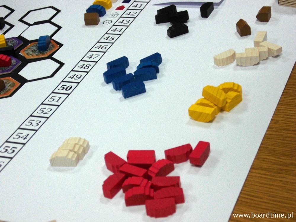 Znaczniki budynków zapożyczone ze znajomej gry
