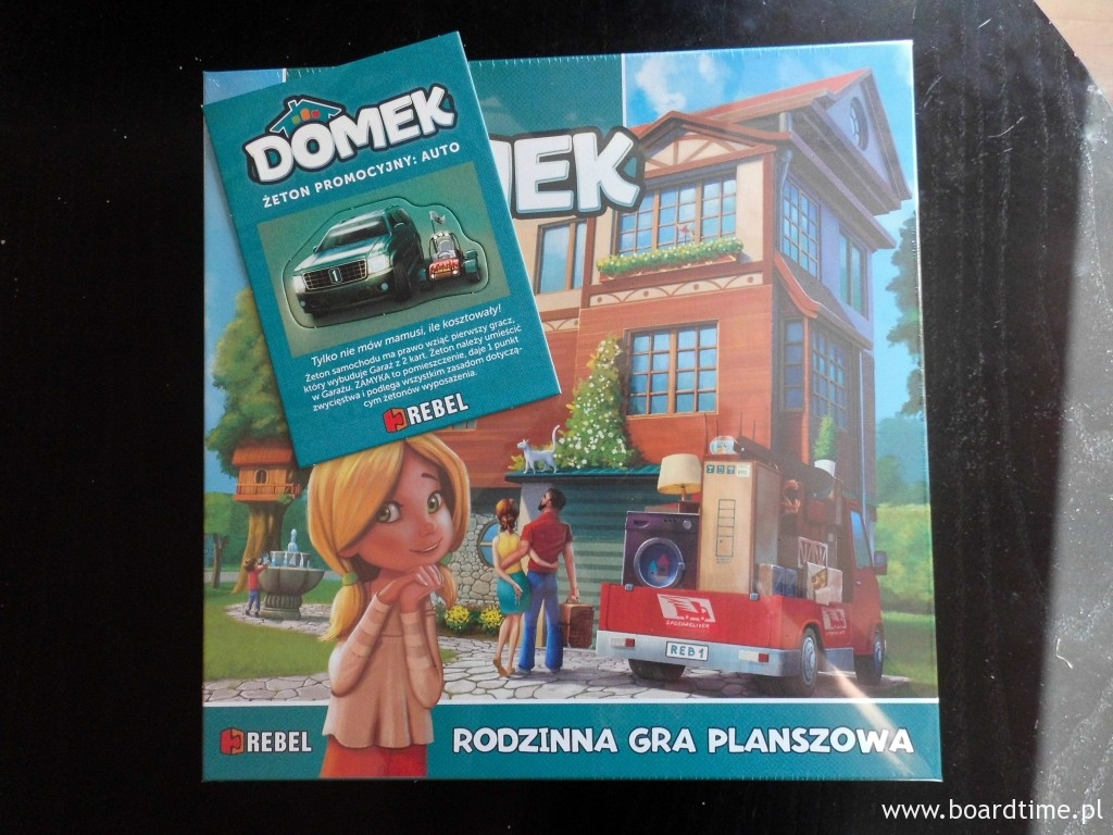 W pudełku otrzymaliśmy też bonus: Samochodzik