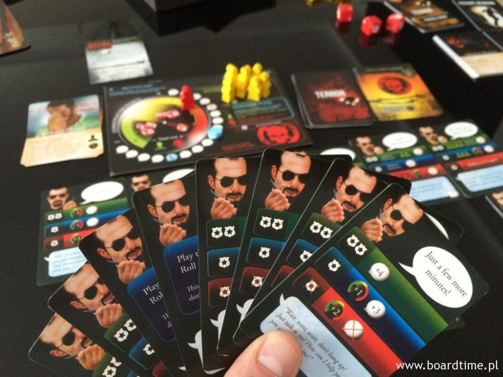Dużo kart na ręku to spora szansa na mocną turę