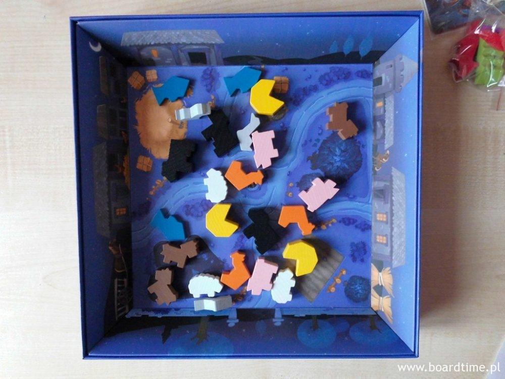 Wioska pełna łupów (czyli pudełko gotowe do gry)