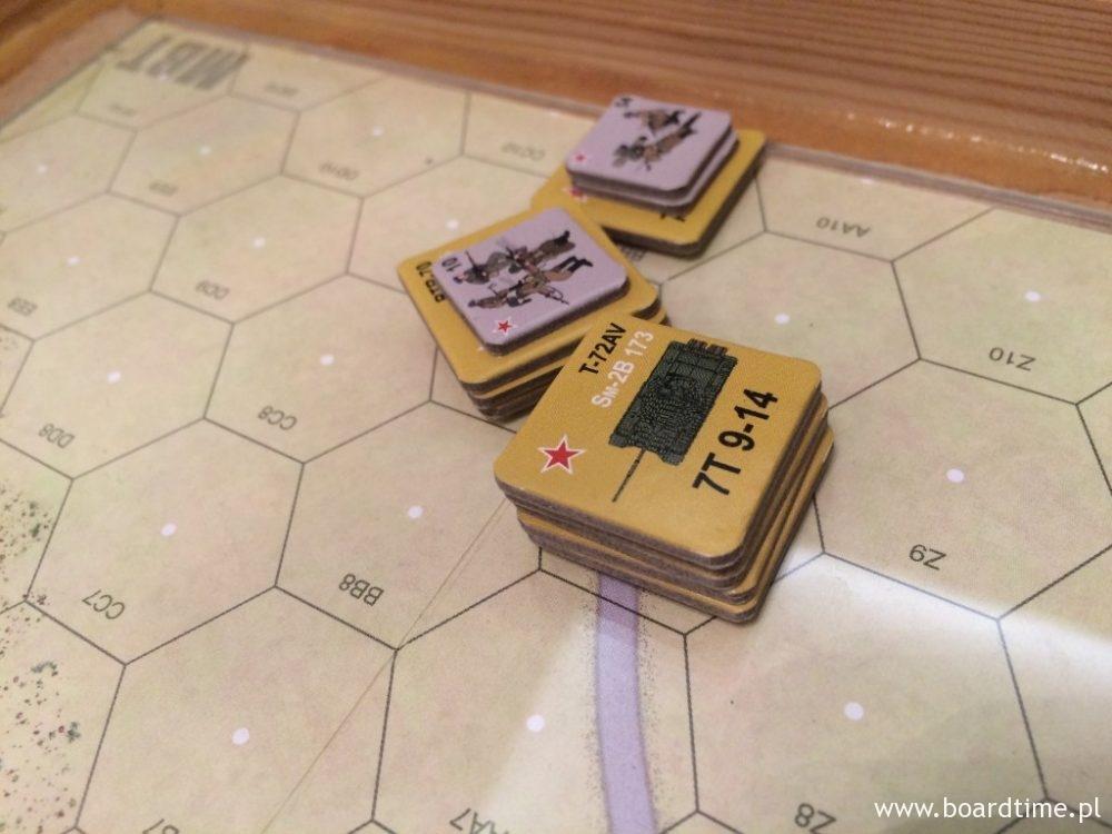 Zgrupowanie południowe - czołgi i piechota transportowana na pojazdach